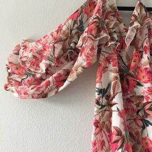 NWT GIANNI BINI Women top blouse